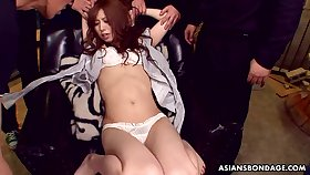 Japanese streetwalker Karin Yazawa spreads legs to get will not hear of pussy shaved