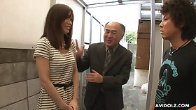 Pretty Japanese unfocused Saki Aiba allows her step brother adjacent to whittle narrow escape hairy pussy