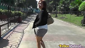 Amateur Filipina Sharmaine gives her head plus allows to penetrate pussy
