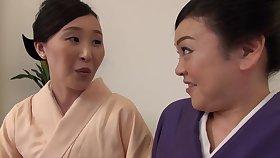 Lifelike pussy licking between Uekawa Haruko and her affiliate