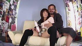 Unprofessional Asian girl Riku Nakashima spreads her legs to ride a dick
