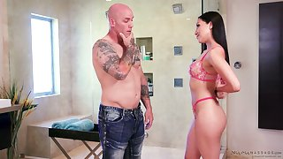 Temptress Vicki Chase provides her client with the best ever nuru massage
