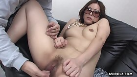 Pussy play makes a Japanese girl tremble with joy